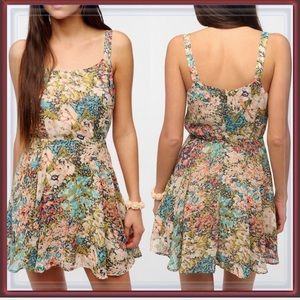 Urban Outfitters Daisy Floral Dress